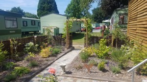 Honey Bee Friendly holiday parks throughout the UK